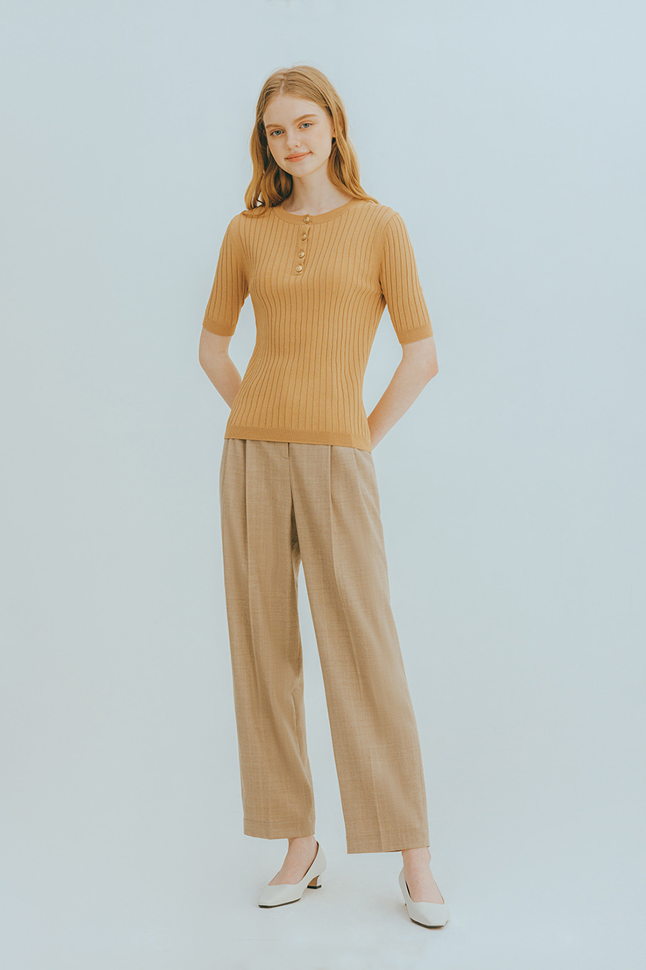 Dubro button knit (beige)